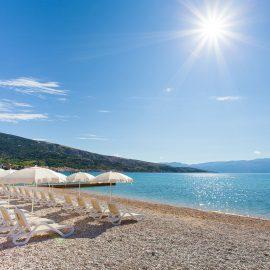 (Hrvatski) Plaža u Baški