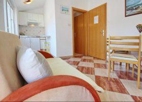 Apartman 2-Apartmani Baška,otok Krk (15)